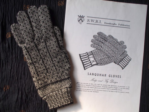 SWRI sanquhar gloves