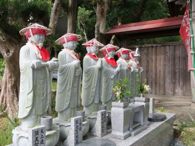 龍泉寺の六地蔵